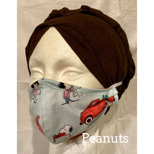 OTHER TIMES PRODUCTIONS PROTECTIVE MASK, FABRIC - CHRISTMAS (Peanuts)
