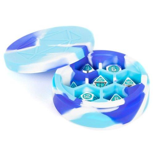 Metallic Dice Company DICE CASE: SILICONE ROUND - BLUE / WHITE / LIGHT BLUE