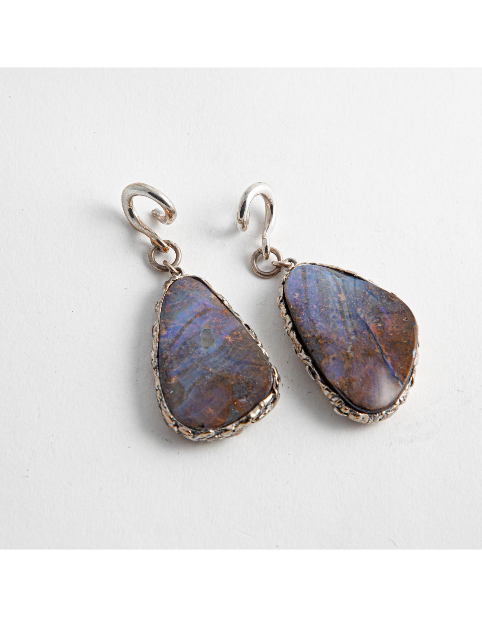 Diablo Organics Diablo Organics silver set boulder opal on small, silver, classic coil