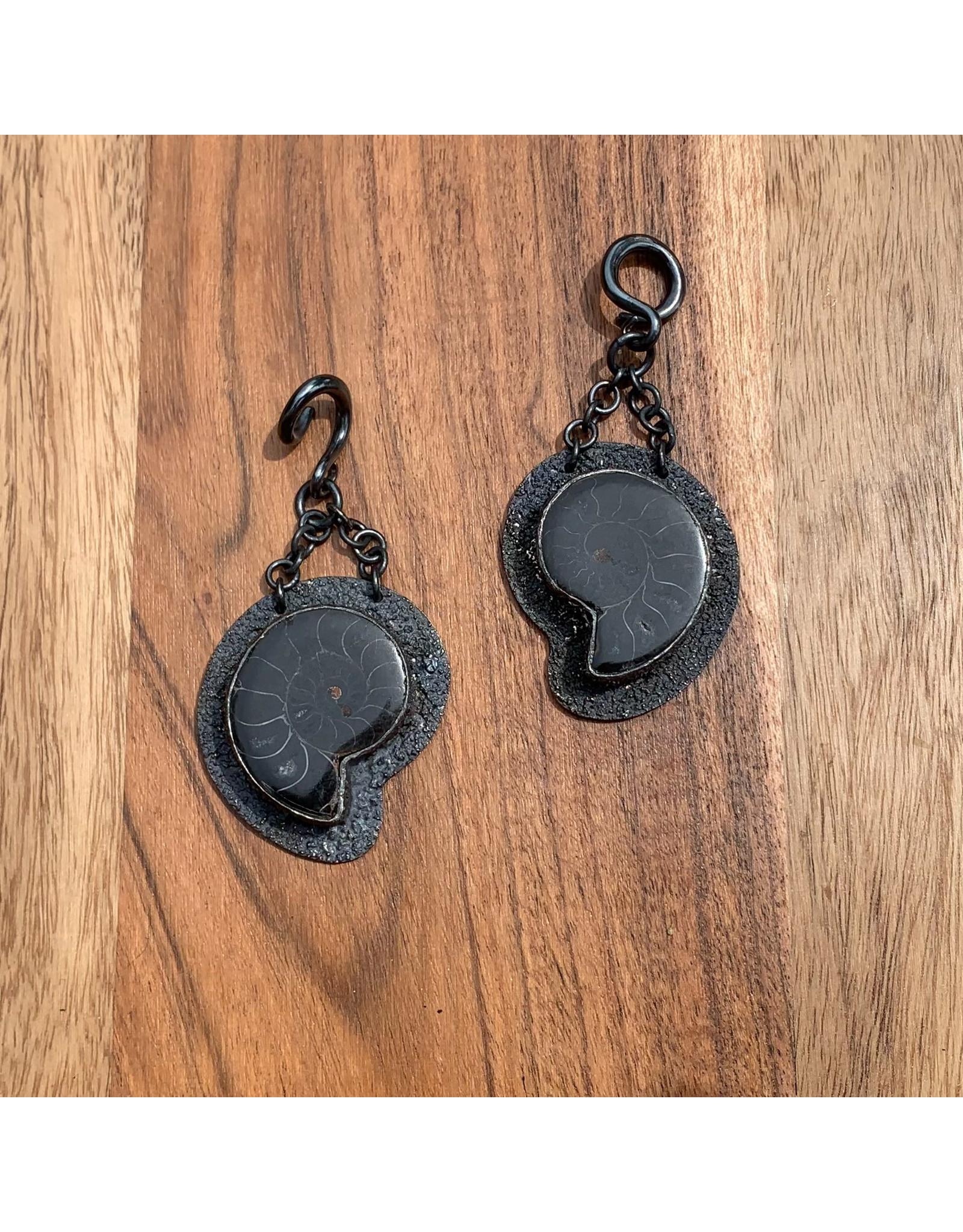 Diablo Organics Diablo Organics distressed, oxidized silver black ammonite on small classic coil