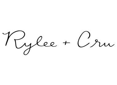 Rylee & Cru