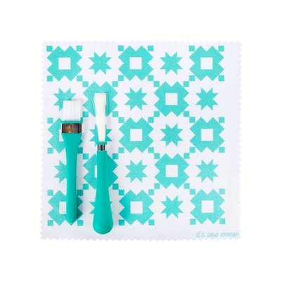 Oh Sew! Clean Brush & Cloth Set- ISE 7390-Its Sew Emma