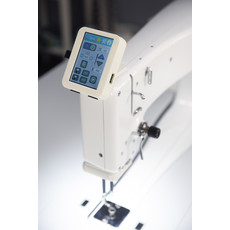 Handi Quilter Capri 18 with HQ InSight Stitch Regulation Table