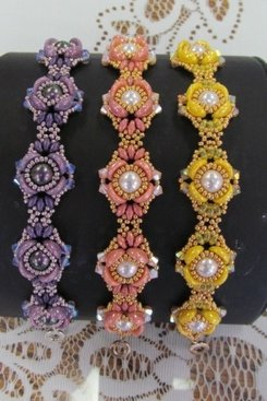 Blooming Buds Bracelet Kit - Swarovski Crystals & Piggy & Seed Beads