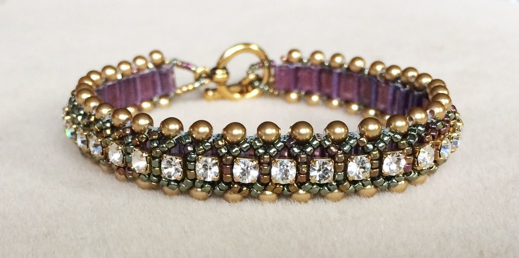 2/22 6-9pm Queen For A Day Bracelet Instruction