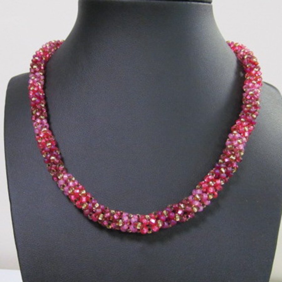 10/28 6-9pm  Seasonal Splendor Necklace Instruction