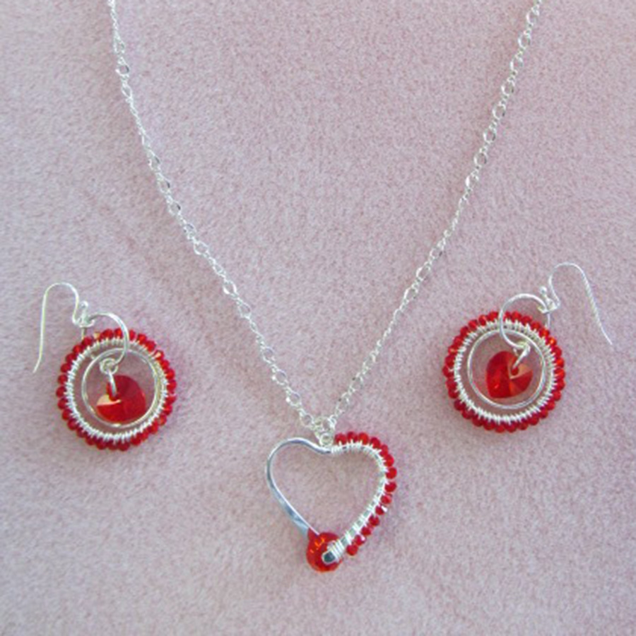 Classes 02/23 2-5pm Hearts Wrapped Up Necklace & Earrings  Instruction - Linda Fabbro