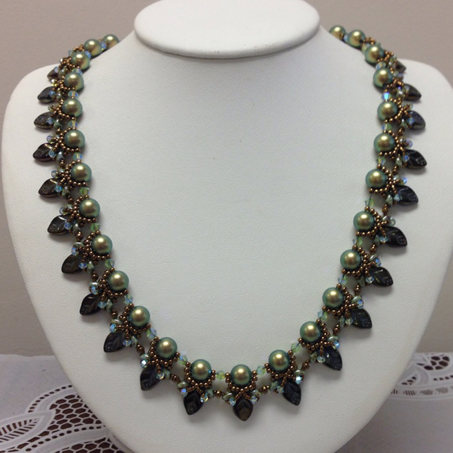Store Kits Ivy Trails Necklace Kit