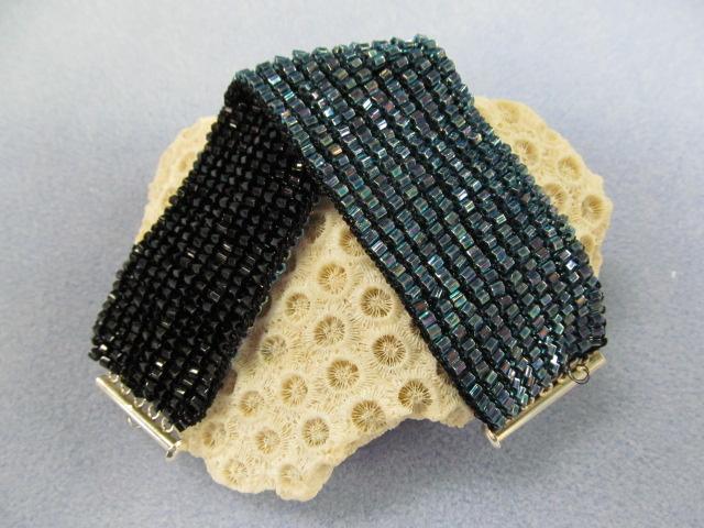 Reversible Knitted Bracelet Class Class Materials Kit