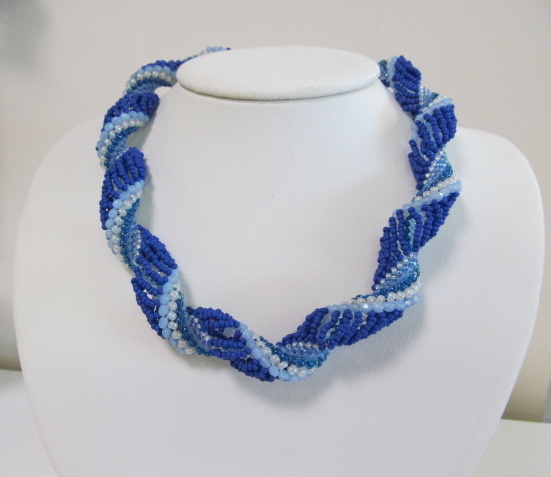 Classes 06/29 1-4pm Rolling Ocean Waves Necklace Class Instruction