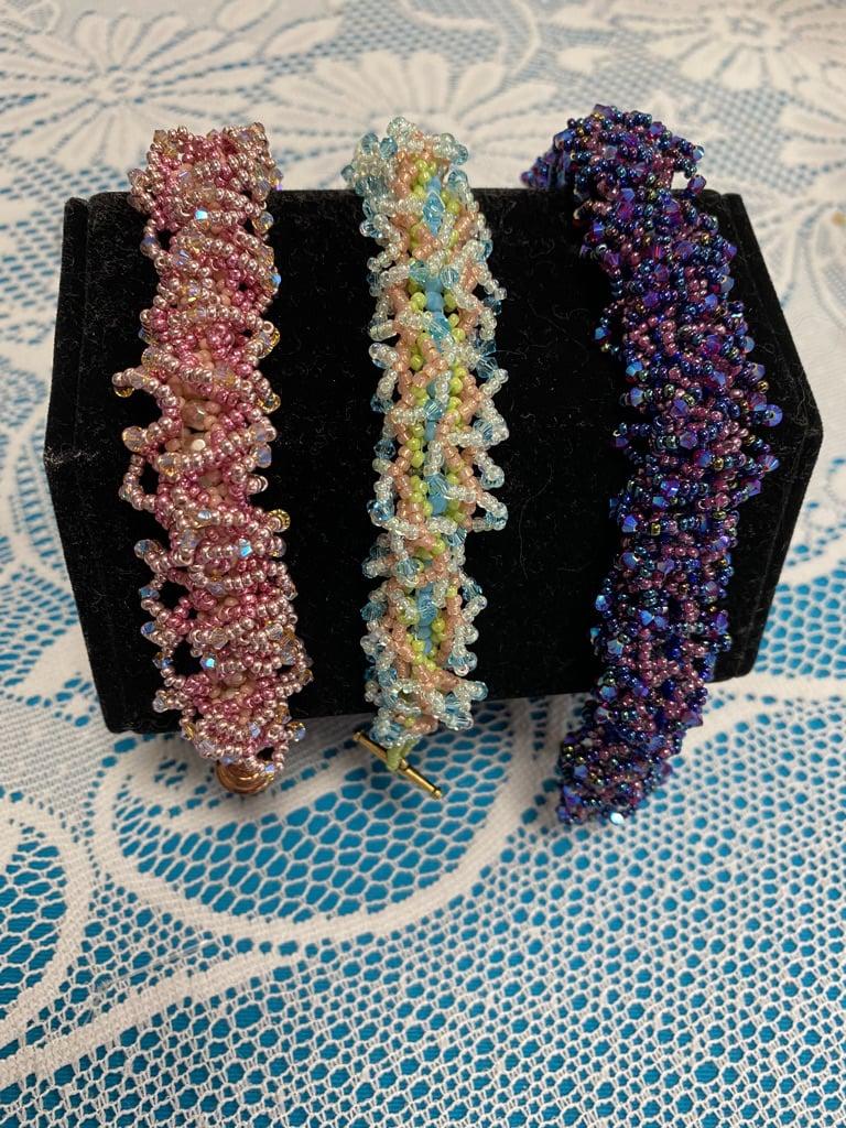 Classes 10/19 2-5pm Butterfly Garden Bracelet Class Instruction