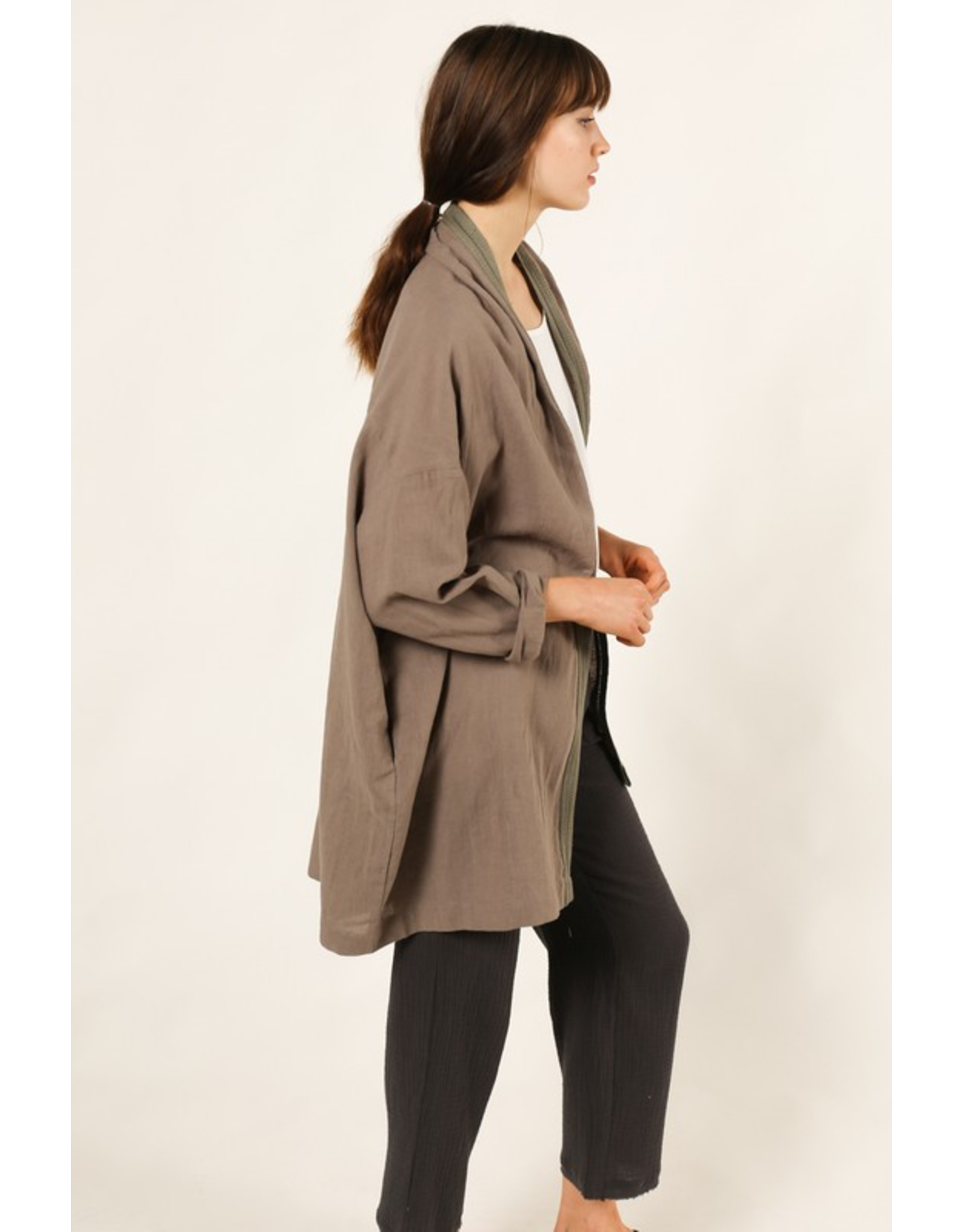 flight lux trim linen jacket