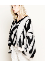 flight lux pol wide sleeve vneck zebra sweater