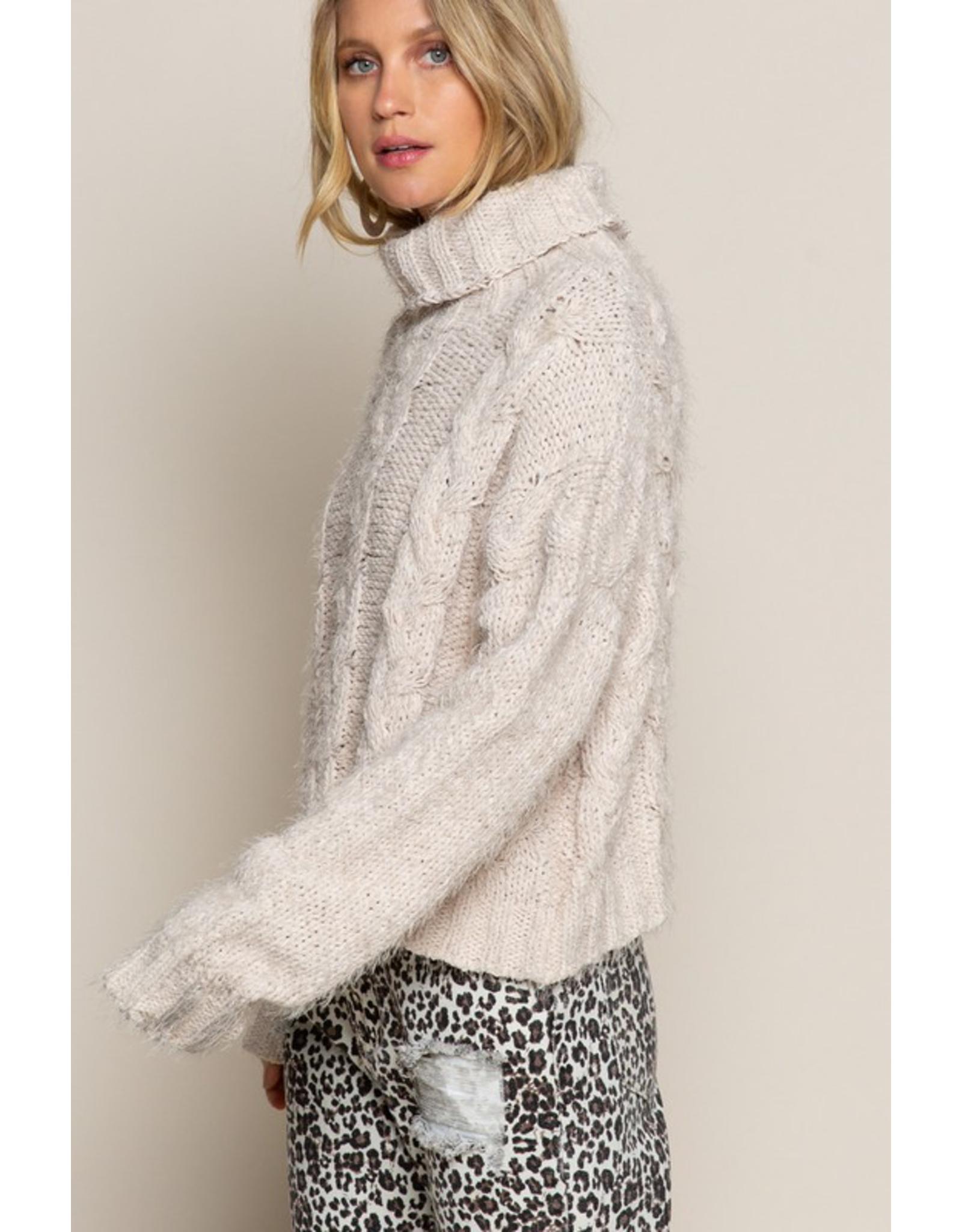 flight lux pol turtle neck mohair knit sweater