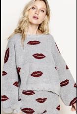 flight lux pol kiss me lip shape sweater