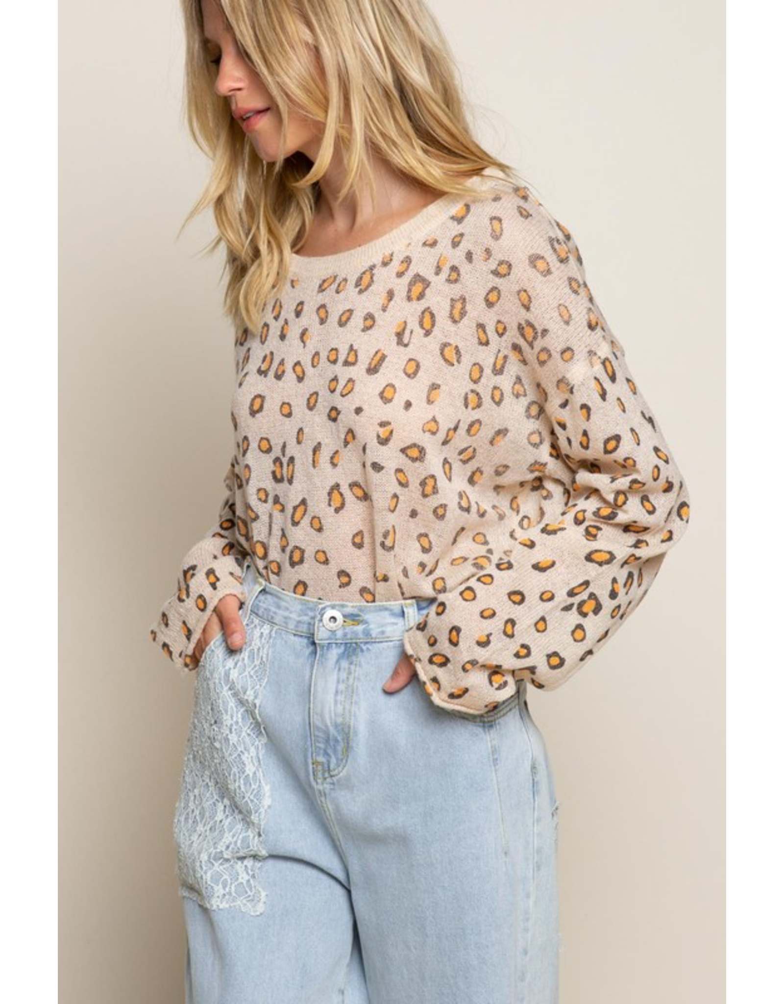 flight lux pol light weight leopard sweater