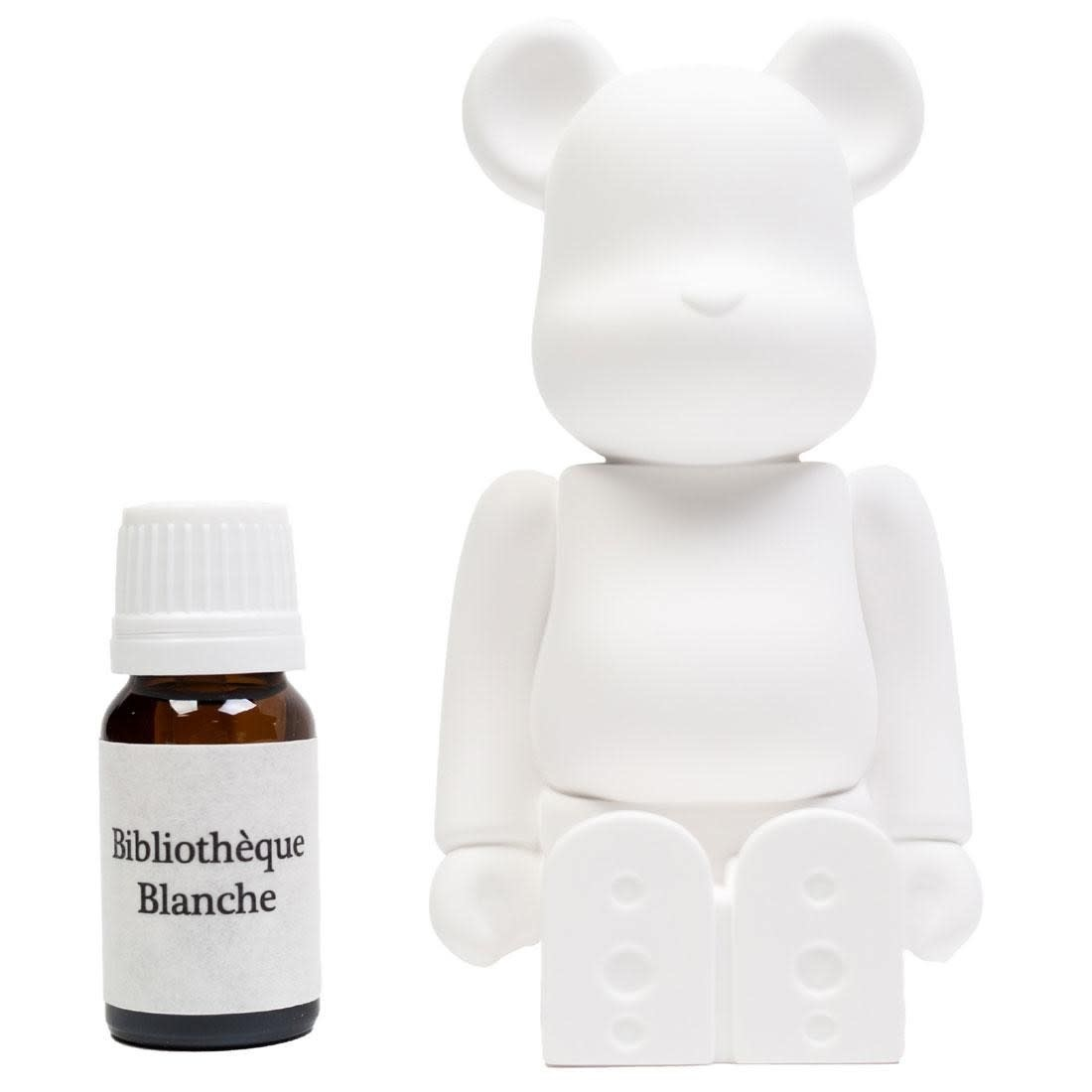 M24 BEARBRICK AROMA DIFFUSER WHITE-1