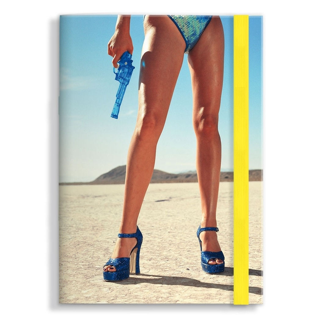 M24 ART NOTEBOOK, LEGS-1