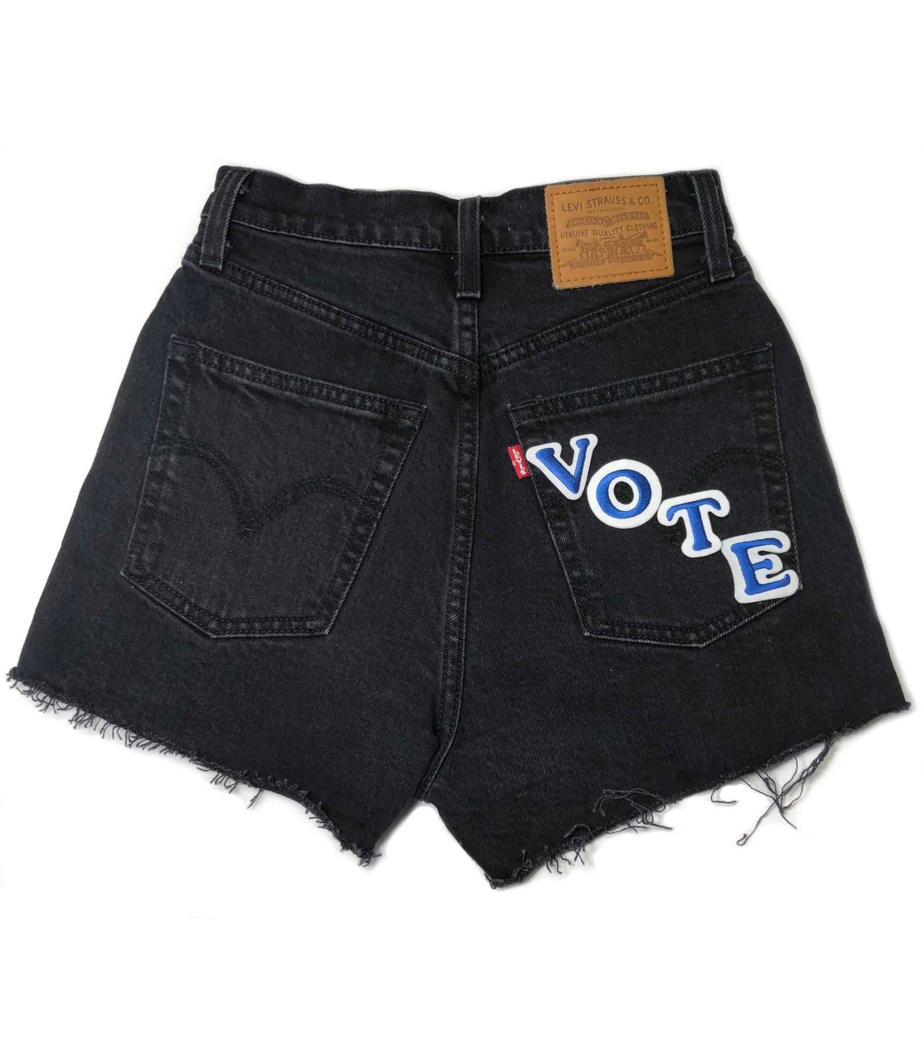 LEVI'S  VOTE RIBCAGE SHORTS 77879-0052 BLACK BAYOU-1
