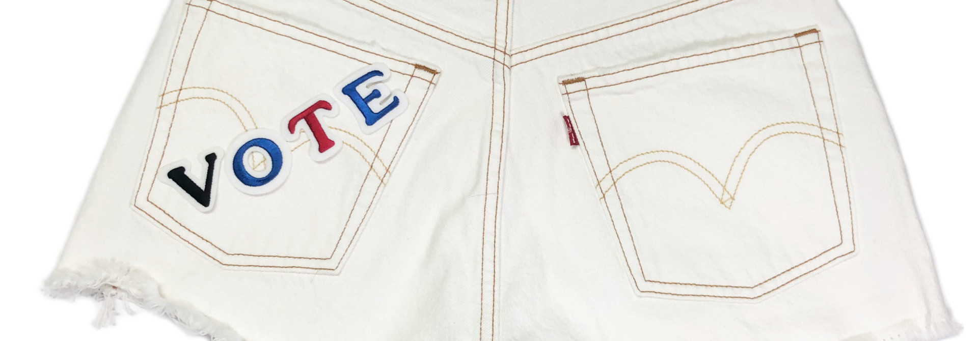 LEVI'S VOTE 501 SHORTS 56327-0019 PEARLY WHITE