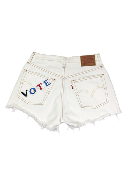 LEVI'S VOTE 501 SHORTS PEARLY WHITE