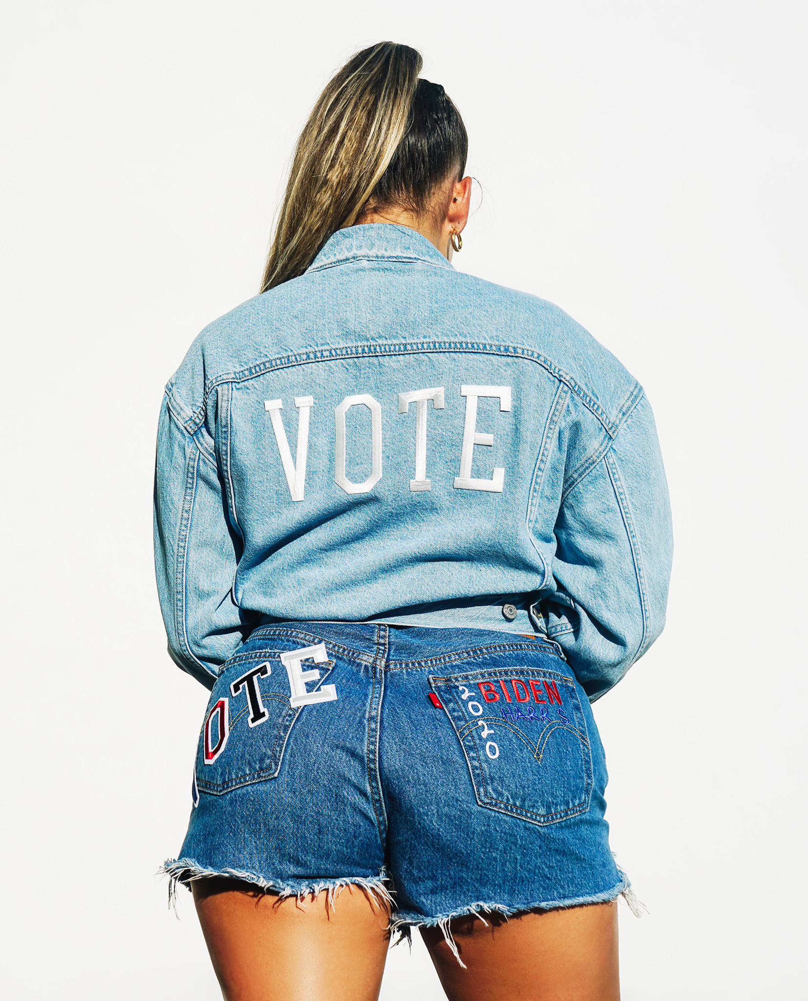 LEVI'S VOTE EX BF TRUCKER FOR REAL-2