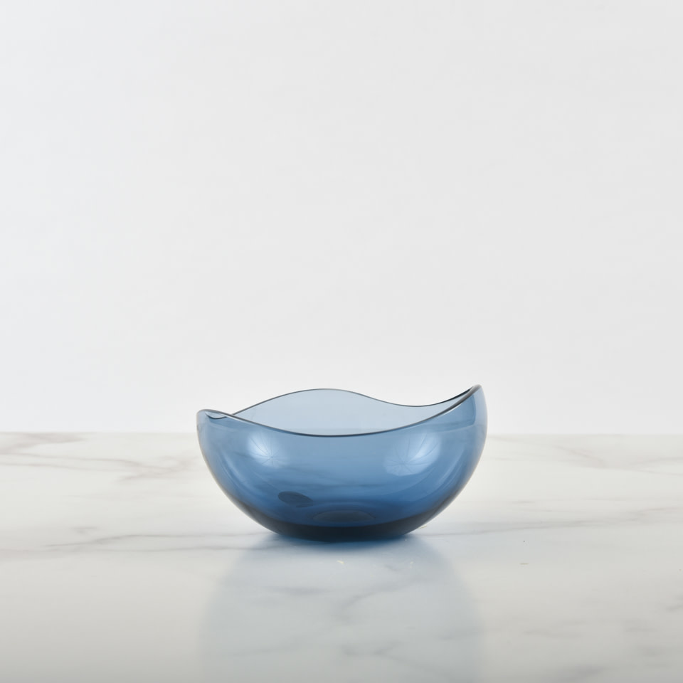 Small Nami Bowl Ice Blue by Joe Cariati