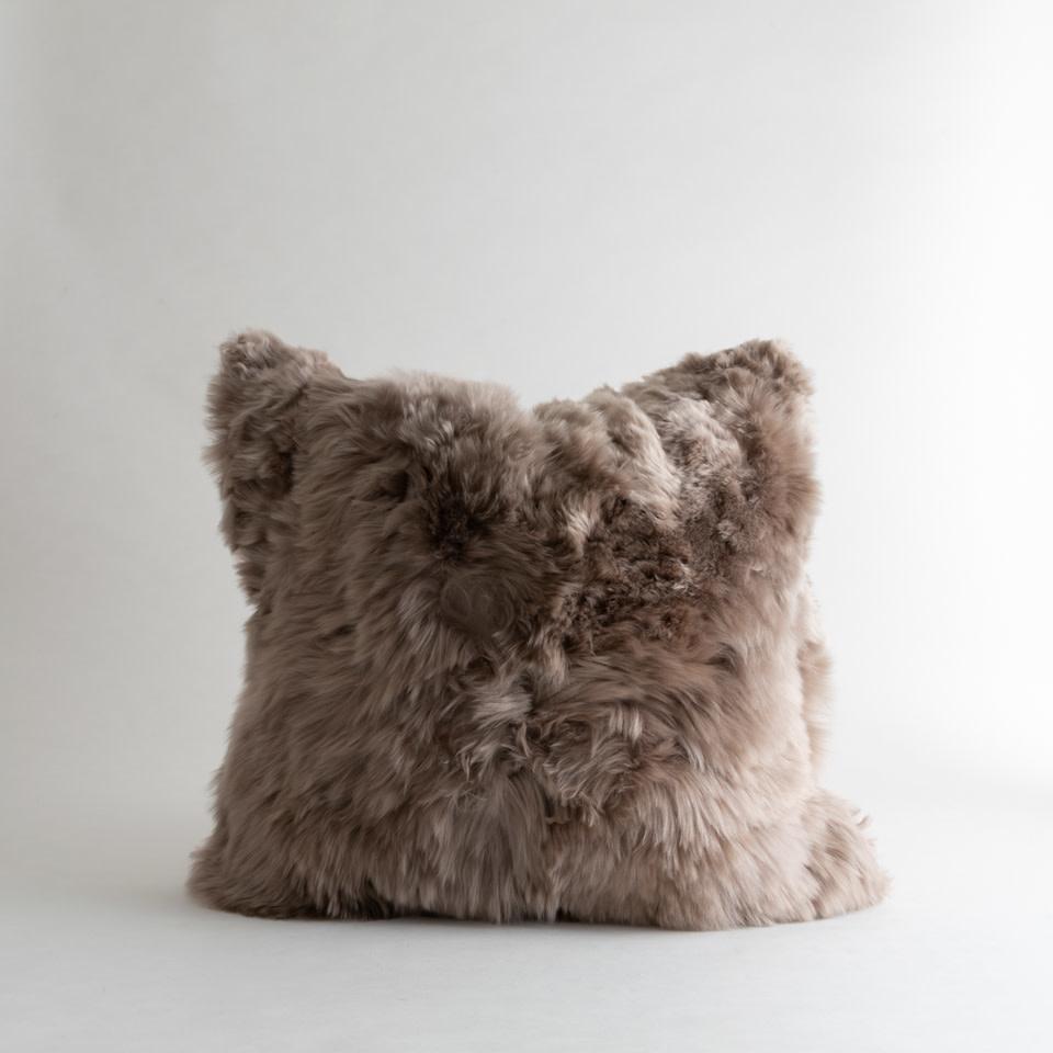"Alpaca Microsuede Vole 20""Pillow"