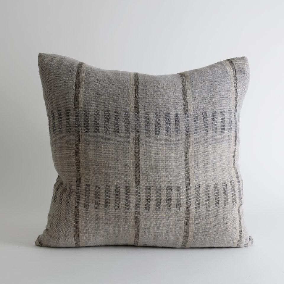"""Mesa 20"""" Pillow"""