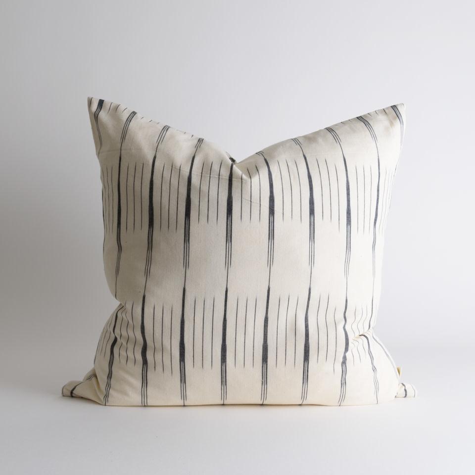 "Isla Ikat 20"" Pillow"