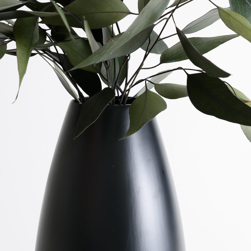 Beau Black Vase
