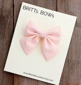 Britts bows Light Pink Bow