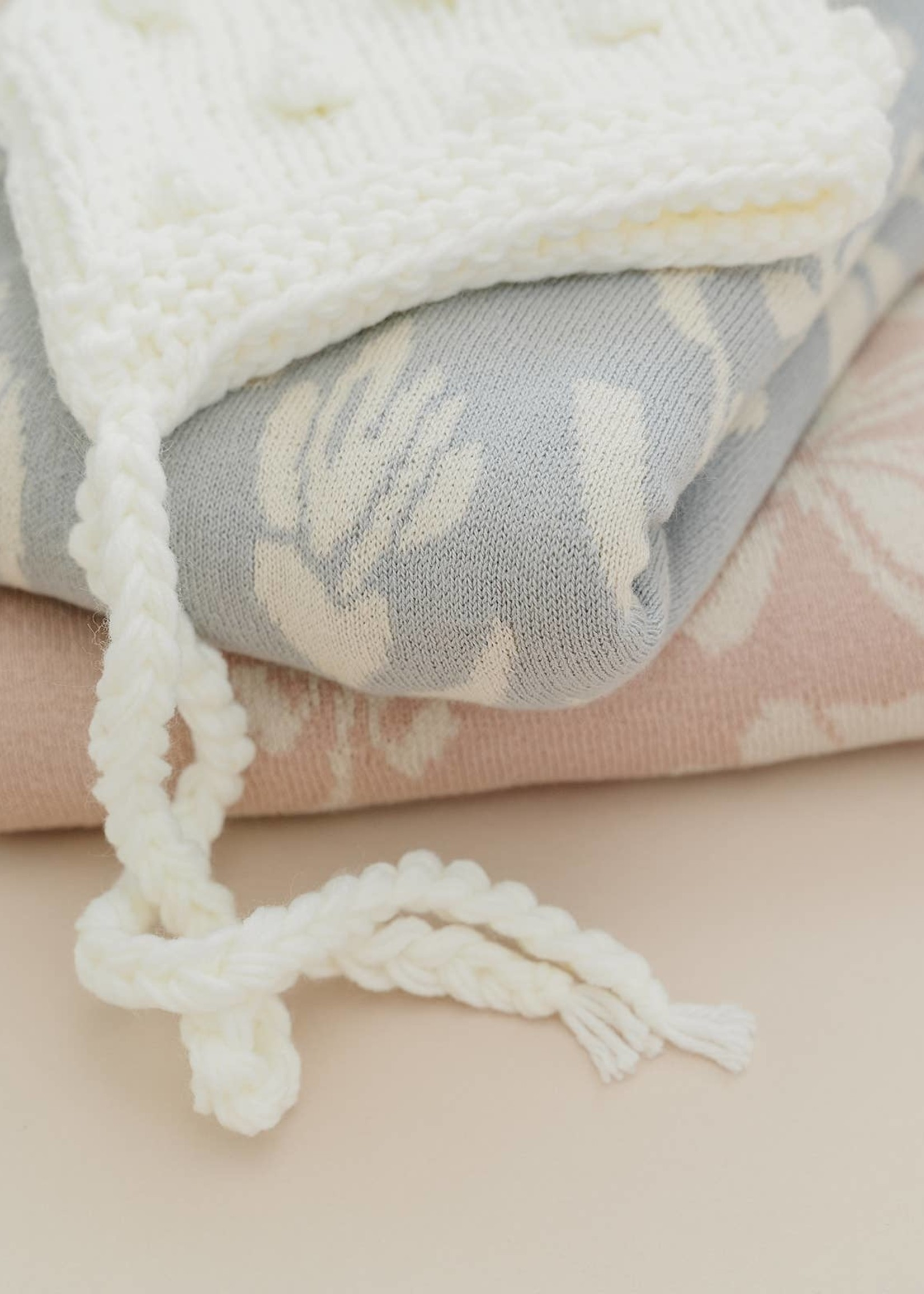 the blueberry hill Blanket Floral