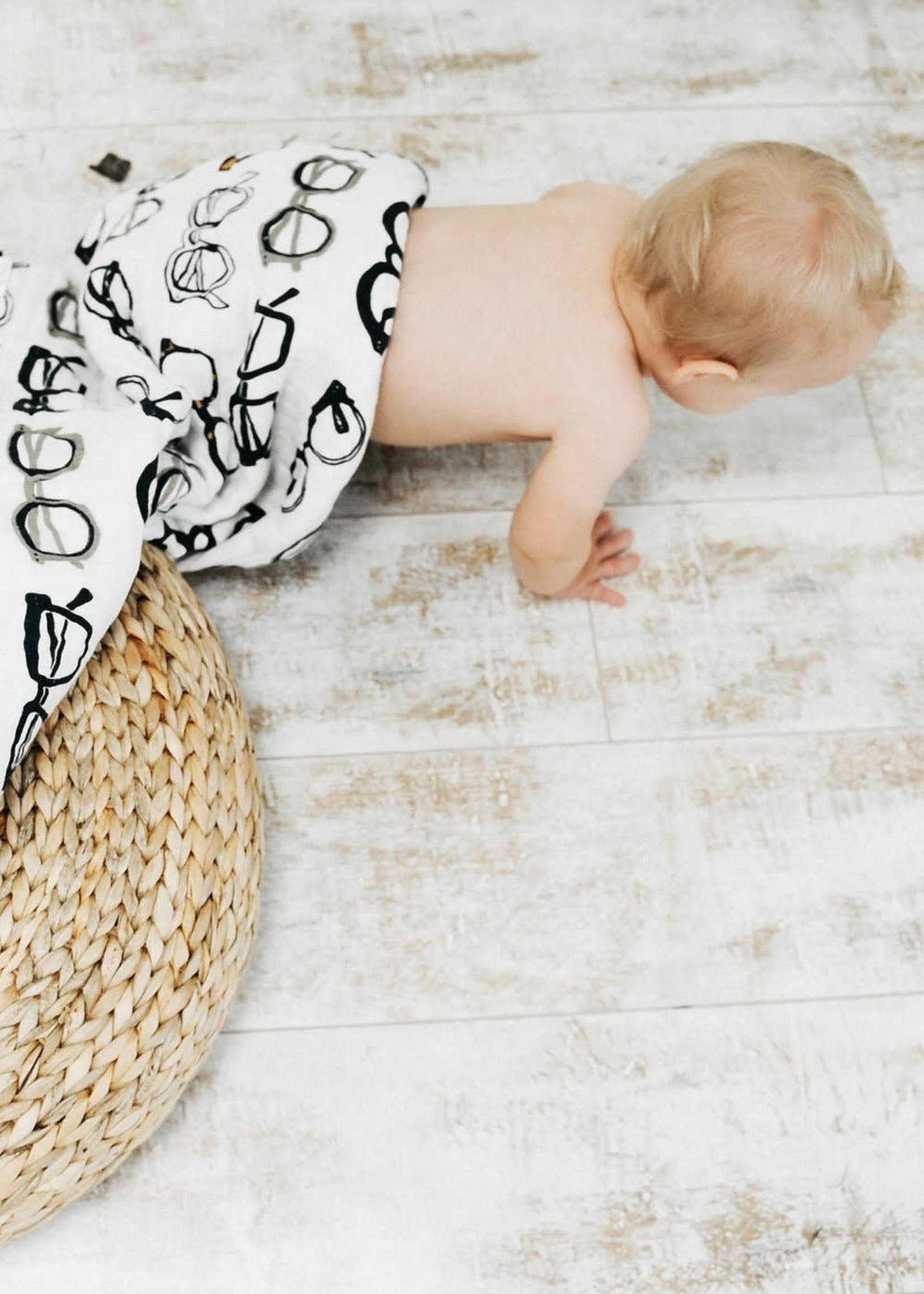 Clementine Kids Specs Swaddle