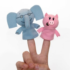 Yottoy Productions, Inc. Elephant & Piggie - Finger Puppets - Mo Willems