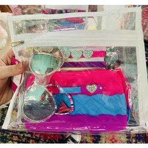 American Jewel Heart Party Bag (includes wristlet clutch, 3 bracelets, heart-shaped glitter sunglasses and 4 jewels)
