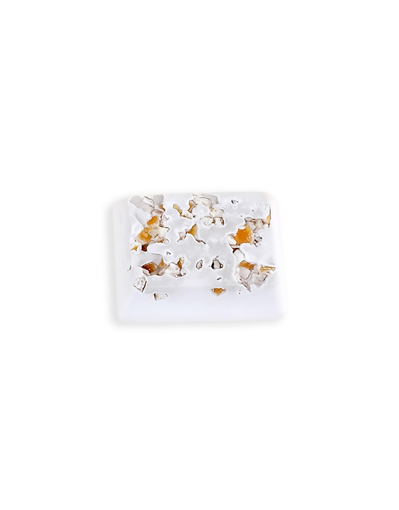 Living World Living World Small Animal Mineral Block, Orange Flavour, Small, 40 g (1.4 oz)