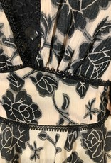 Ciao Bella Lace Trim Detail Floral Top
