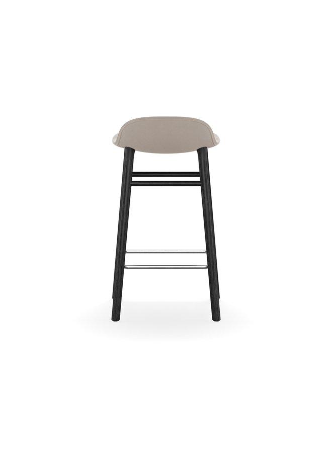 Form Barstool 65 cm Full Upholstery Black Oak