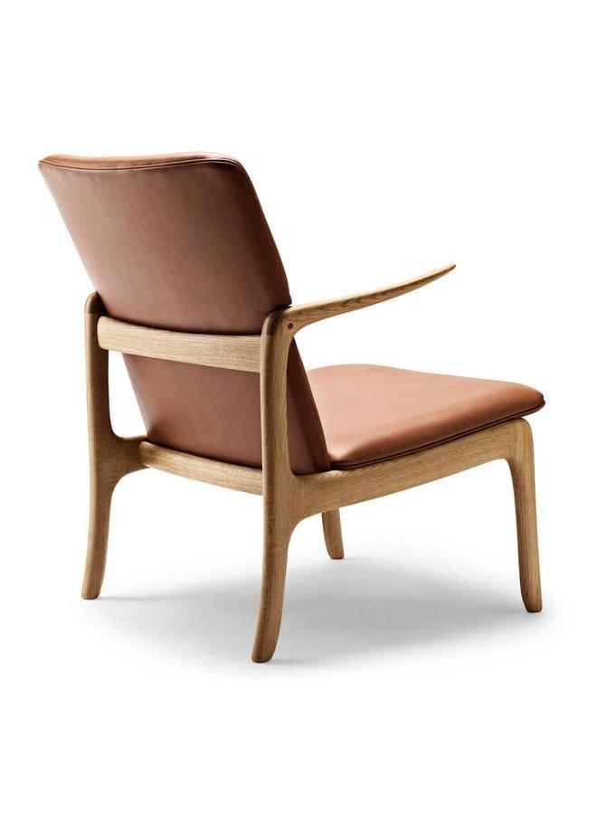 OW124 - Beak Chair Oak