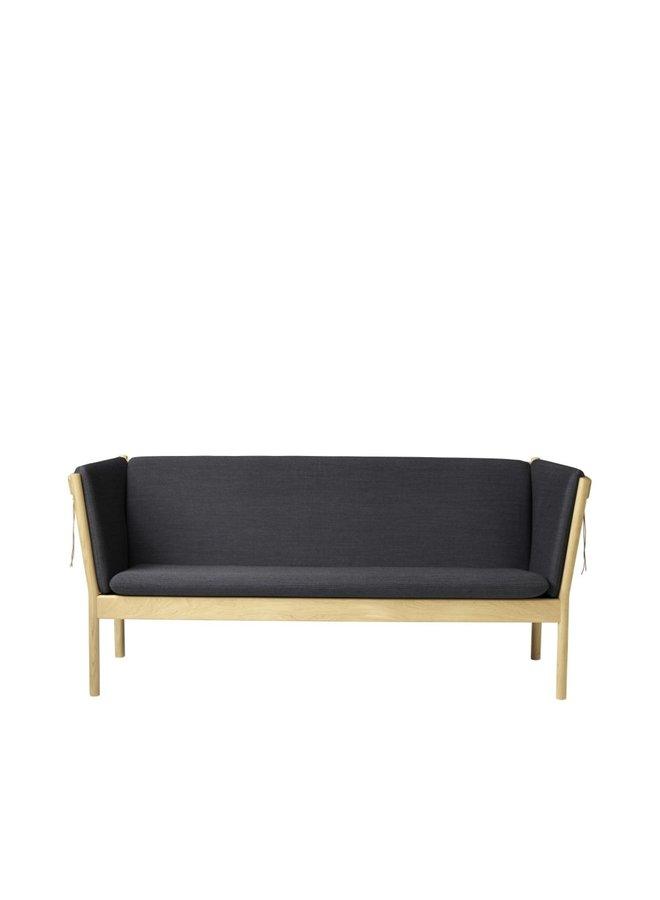 J149 - 3-person couch Oak