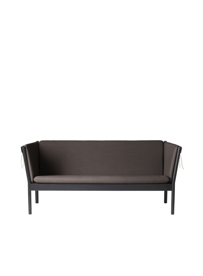 J149 - 3-person couch Black Oak