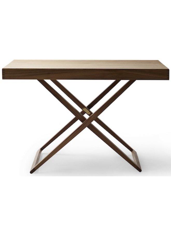 MK98860   FOLDING TABLE