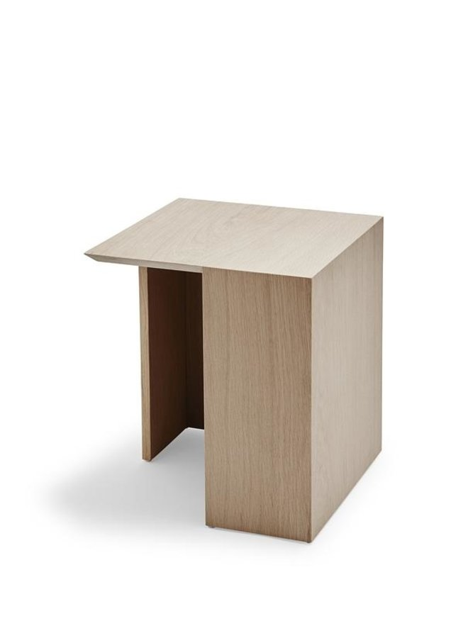 Building Table Low