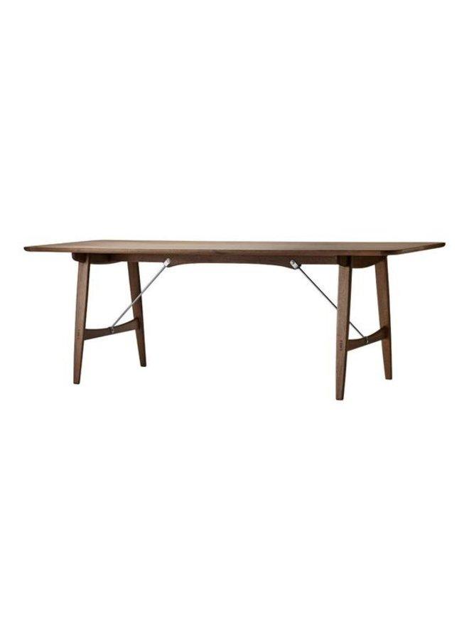 BM1160 | HUNTING TABLE