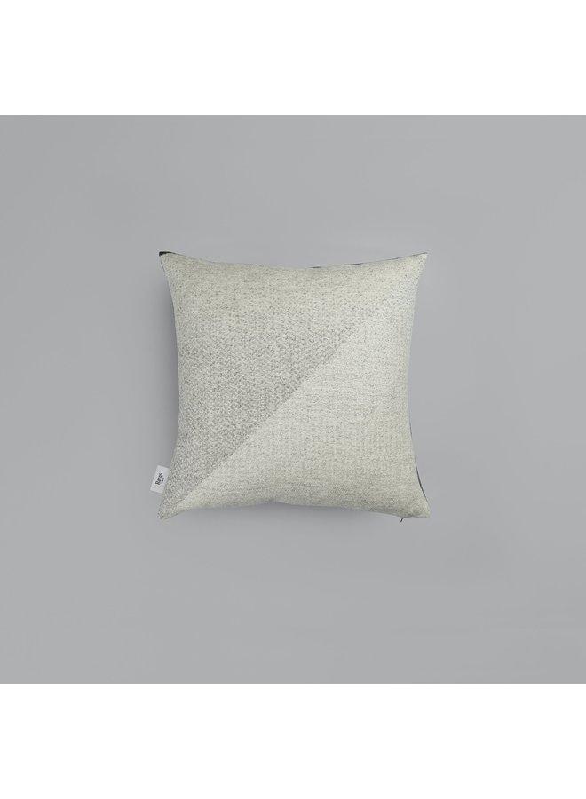 Roros Portor pillow