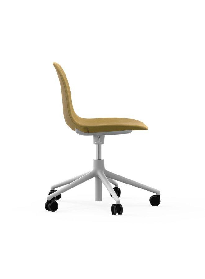 Form Chair Swivel 5W Gaslift Full Uph. White Alu