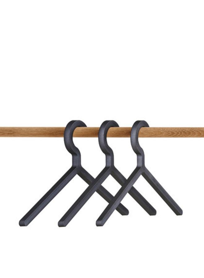 Illusion hangers (set of 3)