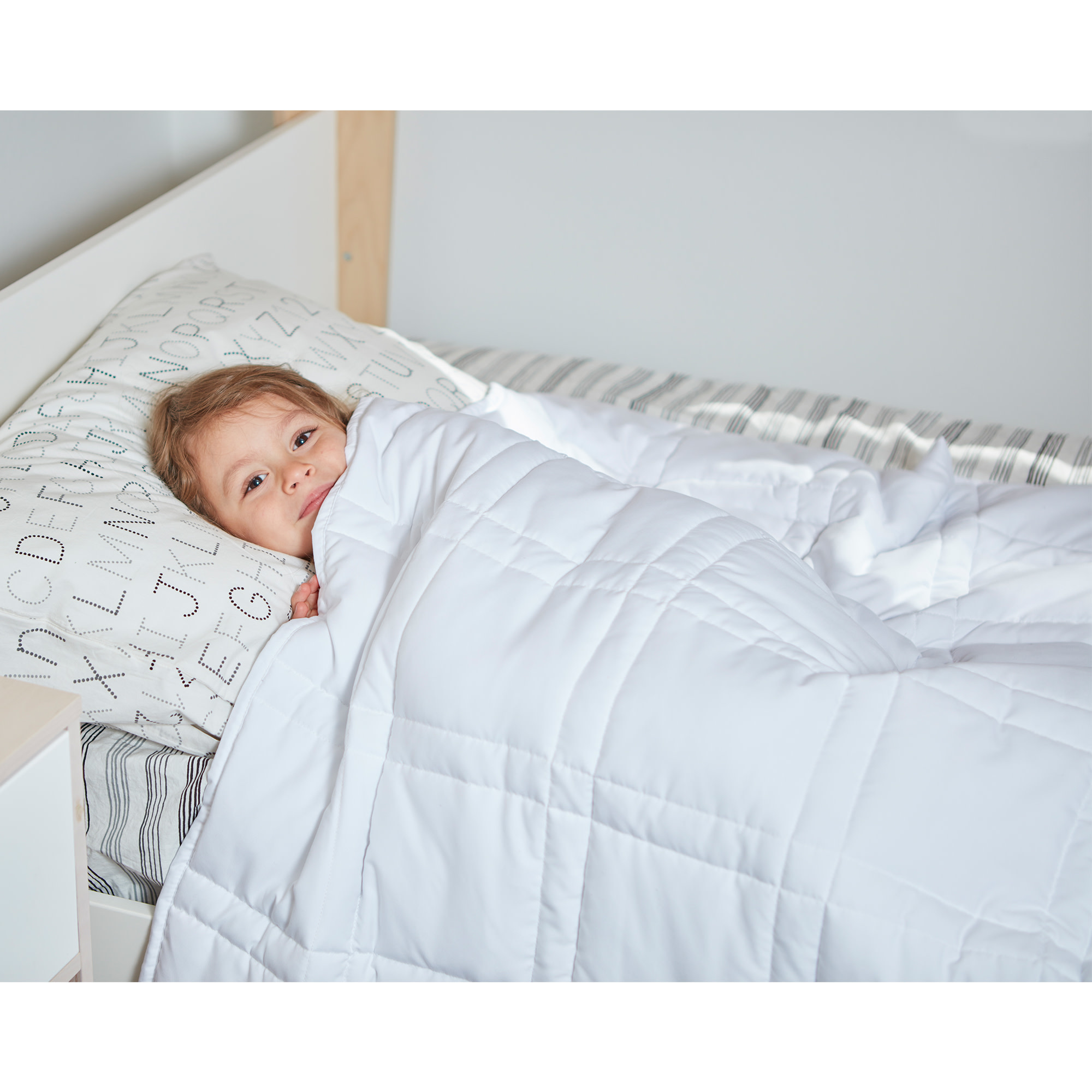 The Huggler - Weighted Blanket - 8 lbs.