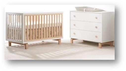 Tulip Bjorn Convertible Crib/3 Drawer Dresser White/Natural